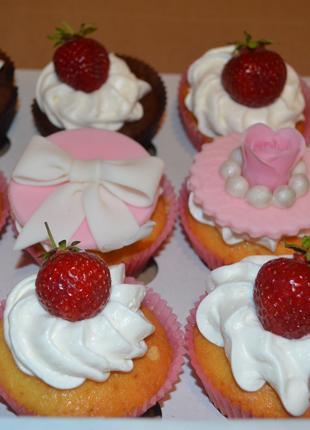 Капкейки и пирожные на заказ в Виннице