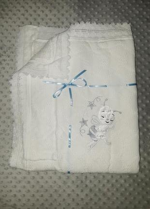 Пледы для новорожденных вязаные на махре