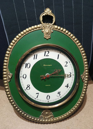 """Годинник настінний кварцовий""""Янтарь""""."""