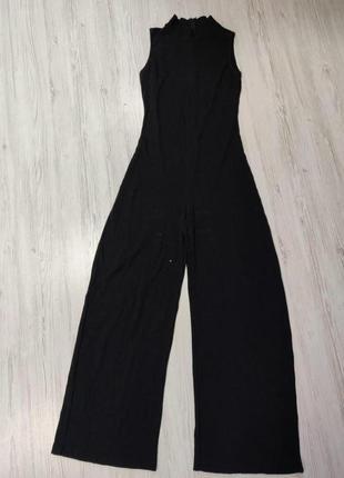 Черный комбинезон с брюками в рубчик