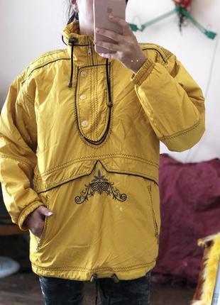 Желтая женская куртка бренд outback размер 46-50