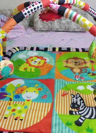Развивающий коврик для деток от рождения