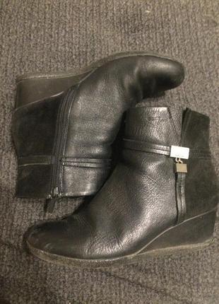 Geox кожаные ботинки сапожки на танкетке платформе