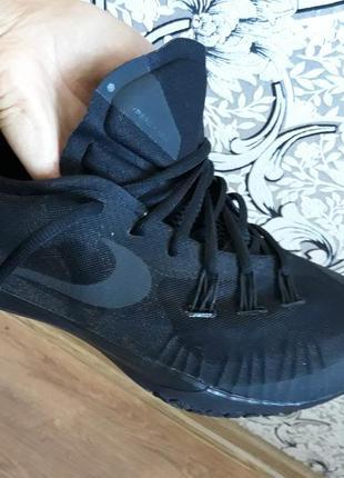 Баскетбольные кроссовки nike hyperchase