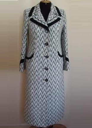 Пальто демисезонное женское прямое макси 48-50 размер.