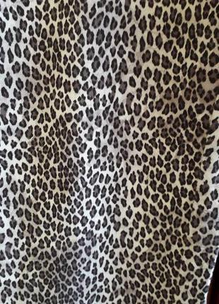 Джинсы тренд расцветка леопард