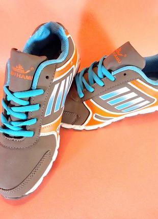 Женские стильные кроссовки. есть все размеры 36-41