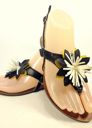 Босоножки сандалии вьетнамки женские черные и белые. размер 36...