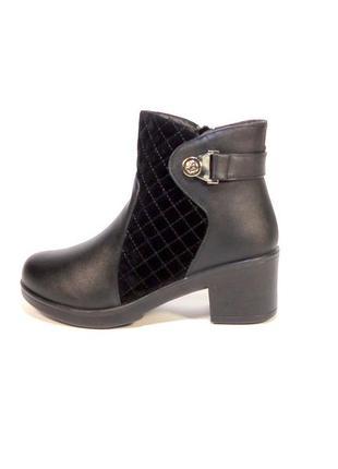 Ботинки-полусапожки, женские, зимние, с замшевыми вставками. р...