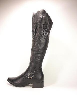Женские демисезонные чёрные сапоги ботфорты на устойчивом кабл...