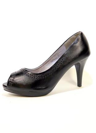 Туфли лодочки на каблуке шпильке с открытым носком, черные. ра...