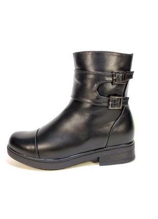 Ботинки-полусапожки, зимние, женские, на молнии. размер 36-40.