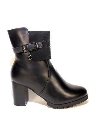 Ботинки-полусапожки, сапожки, женские, зимние, на каблуке. раз...
