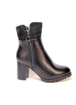 Ботинки-полусапожки, женские, зимние, на устойчивом каблуке. р...
