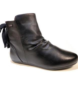 Ботинки полусапожки демисезонные женские. размер 35-40.