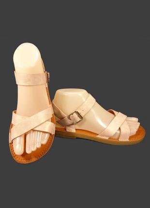 Босоножки сандалии женские, модные и стильные.