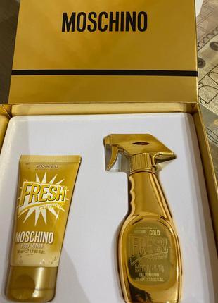 Подарочный набор Moschino Fresh Gold