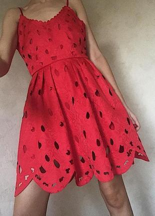 Красное платье. корея