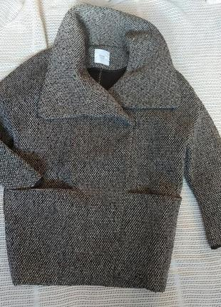 Оригинальное крутое пальто