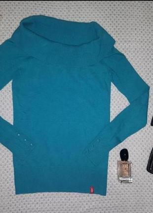 Красивый яркий свитерок цвета морская  волна edc