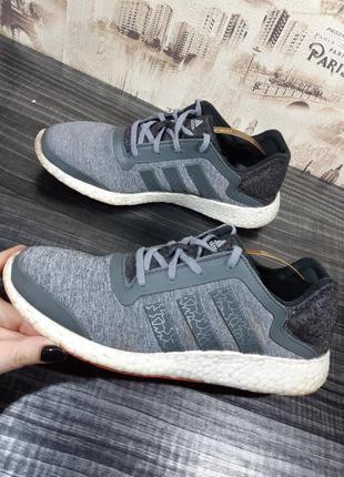 Кроссовки для бега adidas pureboost