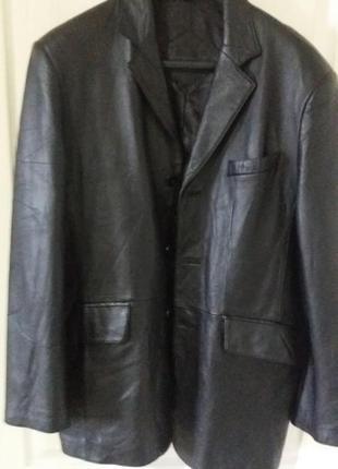 Пиджак кожанный, италия,размер 52