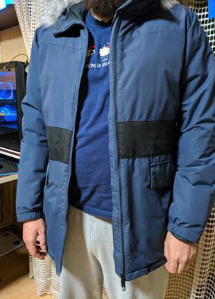 Трендовая зимняя куртка adidas