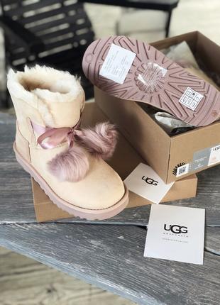 Ботинки зимние женские UGG Gita Powder Pink Suede