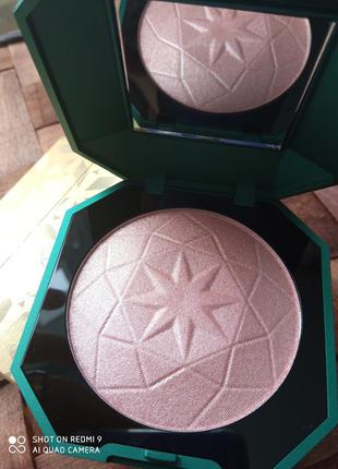 Пудровый хайлайтер для лица и тела kiko milano holiday gems