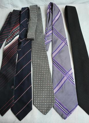 Комплект из 5 галстуков.!!!расроапжа дешево!!!