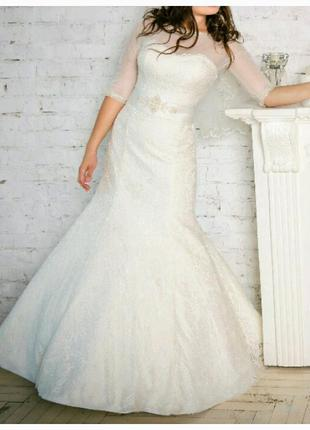 Свадебное платье размер 42-44 цвет айвори