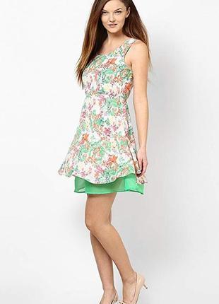 Яркое разноцветное нарядное миди платье без рукавов vero moda ...