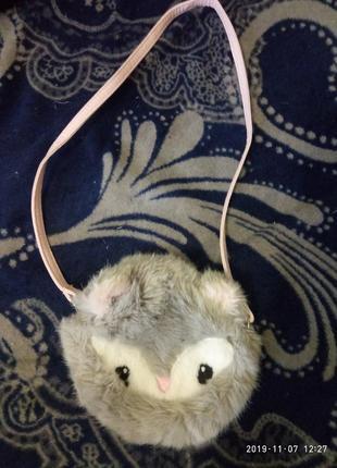Детская меховая сумочка h&m на длинной ручке