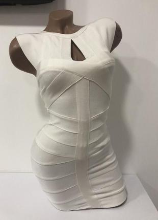 Утягивающее бандажное платье herve leger
