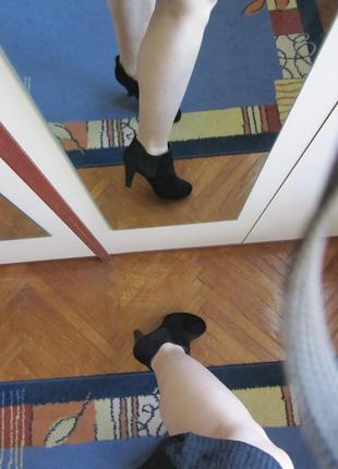 Ботинки женские кожаные на каблуке