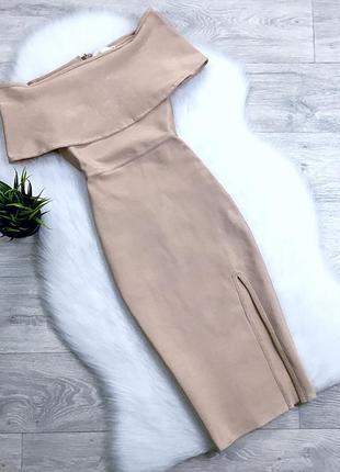 Нарядное бандажное платье с отливом на плечи