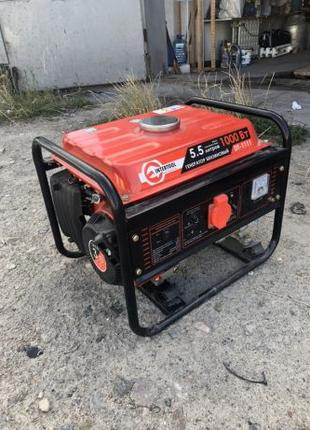 Бензиновий генератор Intertool DT-1111