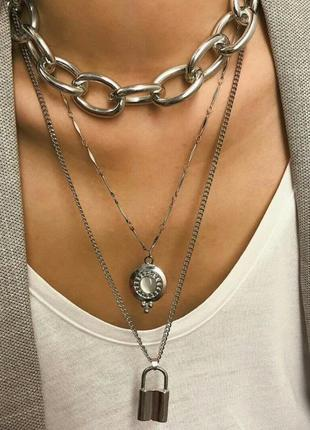 Колье, три цепочки, цепи, цвет серебро