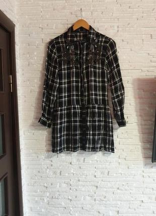 Платье рубашка в клетку вышивка бисером reserved