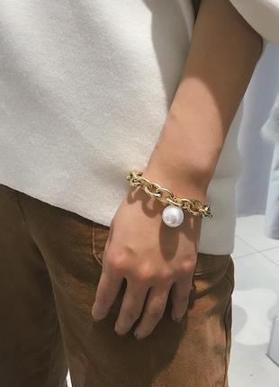 """Браслет с крупными звеньями и жемчугом """"white pearls"""", золото"""