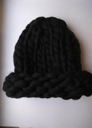 Шапка крупной вязки, вязаная шапка, чорна