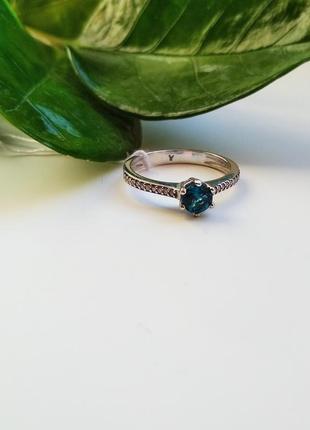 Серебряное кольцо с натуральным кварцем 17,5 размер