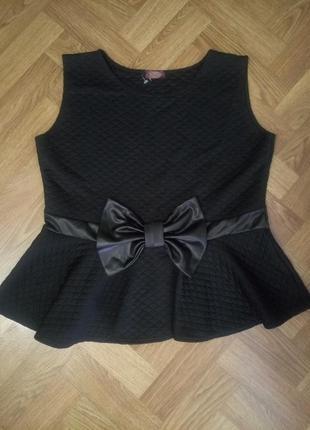 Нарядная блуза  черного цвета с баской  большой размер