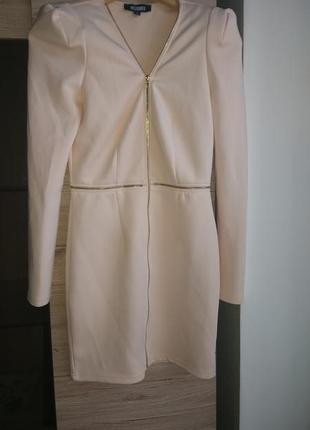 #розвантажуюсь супер платье цвета пудры missguided m