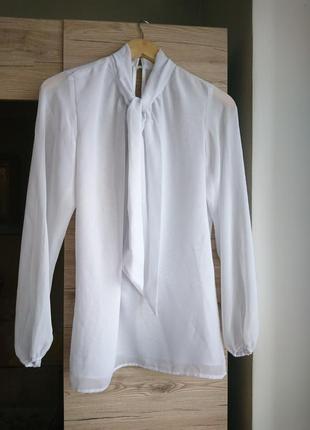 Стильная белая блуза  ручная работа💥1+1=3