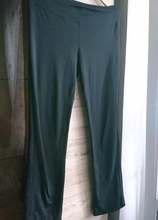 Стильные чёрные спортивные штаны h&m