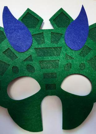 Детская маска для праздников зеленая - размер 17*23см