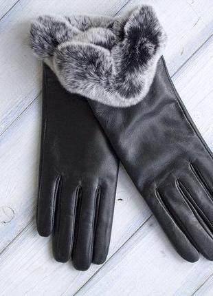 Женские перчатки с мехом из кожи козы