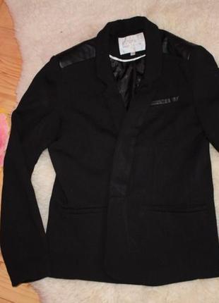 Піджак зі шкіряними вставками,пиджак