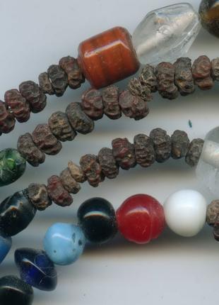 Тантрические Бусы из семян с натуральными Камнями из Непала
